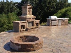 hardscaping patio and outdoor kitchen